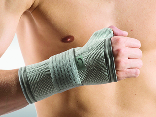 OMNIMED Dynamic Manu Handgelenk-Bandage